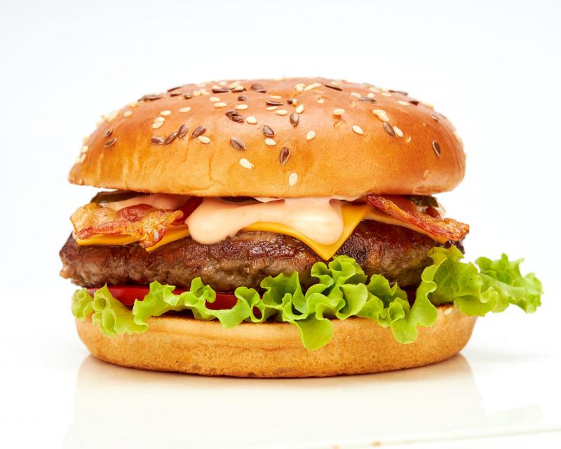 Poza Baconator burger de vita