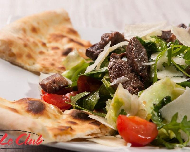 "Poza Salata ""Chef Le Club"" cu muschi de vita"