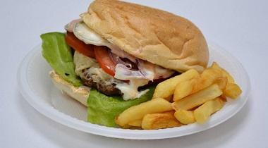 Poza Hamburger cu cascaval
