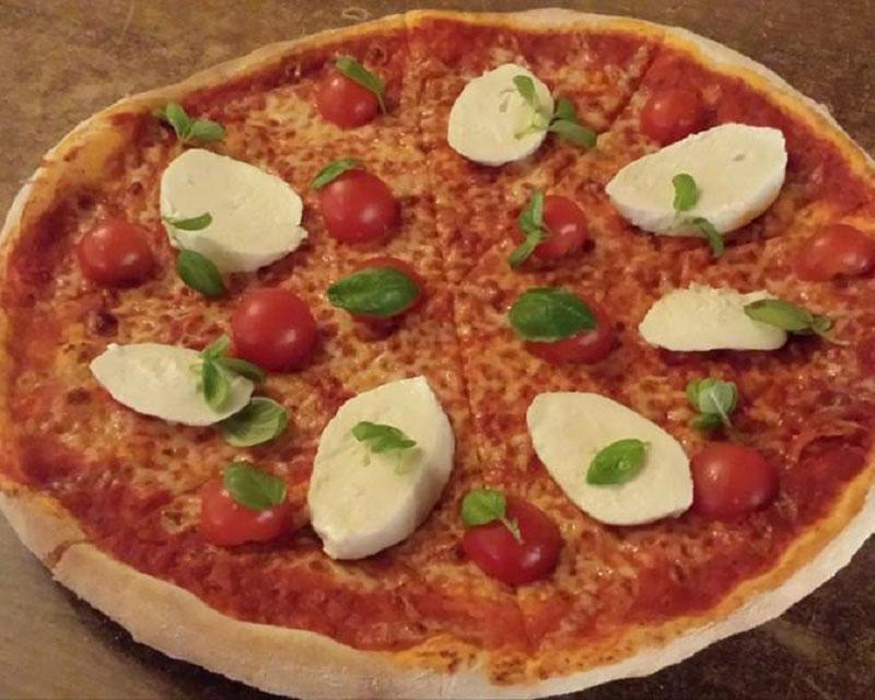 Poza Pizza Caprese