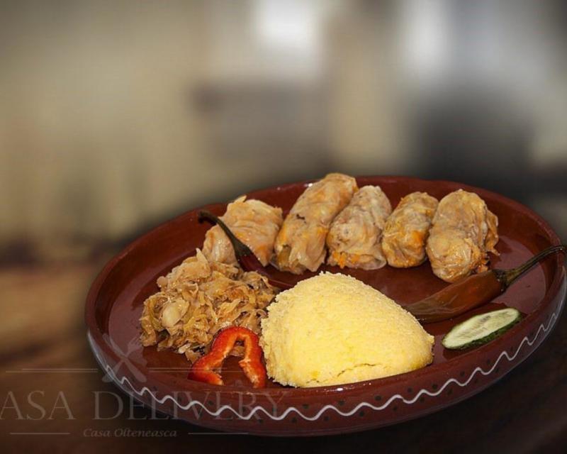 Poza Sarmale cu mămăliga și ardei iute