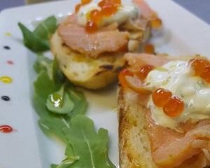 Poza  Crostini al salmone