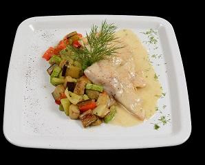 Poza File de salau cu sos de sampanie, smantana si legume la tigaie