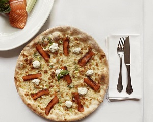 Poza Pizza con Salmon Affumicato mare