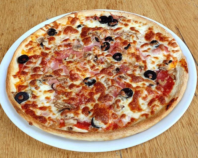Poza Pizza Quatro Stagioni mare