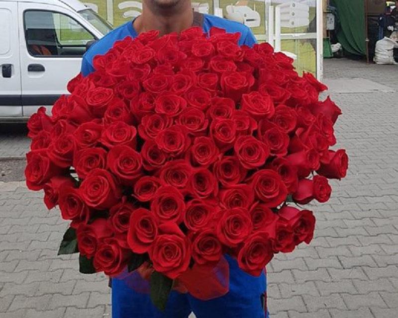 Poza Buchet 101 trandafiri