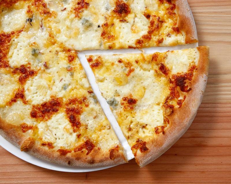 Poza Pizza Quattro Formaggi