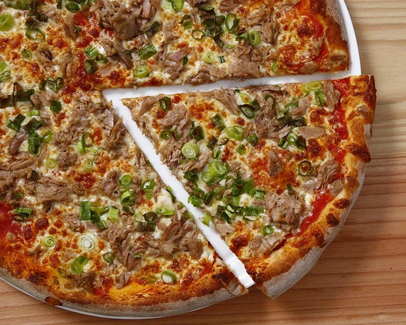 Poza Pizza Tonno e cipolla